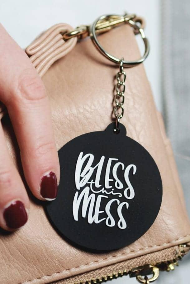 Nyckelring: Bless this mess