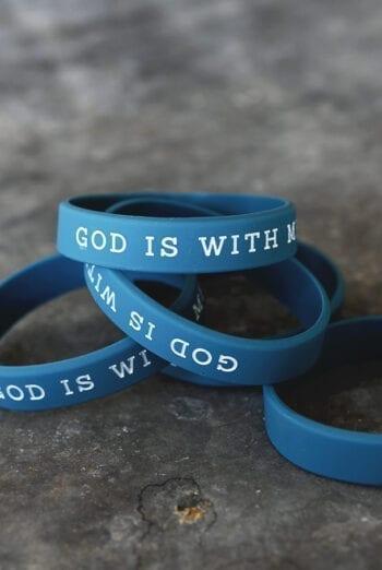 Silikonarmband God is with me
