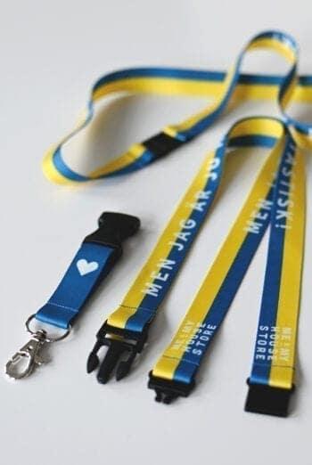 Långt nyckelband i Sverigefärger: Men jag är ju helt fantastisk!