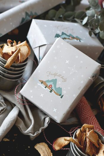 Julpapper: Fridfull jul